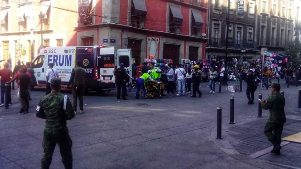 #Video Nuevas imágenes de la balacera a metros de Palacio Nacional - Balacera afuera de Palacio Nacional.