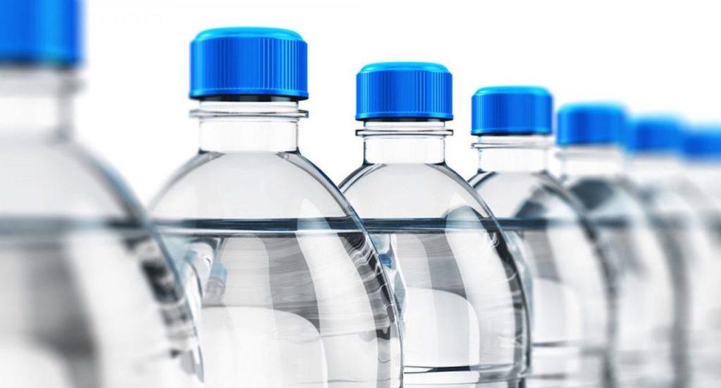 Sustancia usada en envases plásticos puede causar cáncer, alerta la UNAM - Bisfenol A en envases.