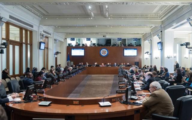 """OEA condena """"acción de usurpación"""" en el Parlamento de Venezuela - Consejo Permanente de la OEA. Foto de @OEA_oficial"""