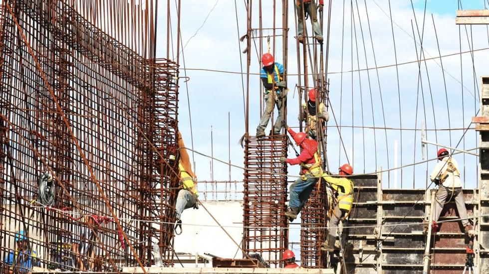 Importante sostener dinamismo de industria de la construcción: SHCP - Construcción obra albañil
