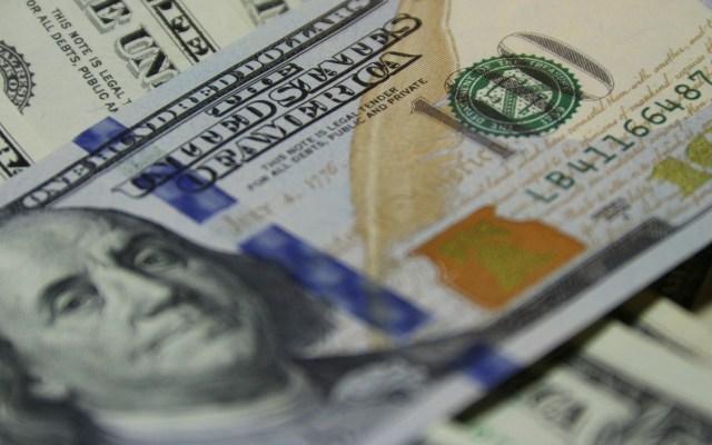 Cámara Baja de EE.UU. aprueba nuevo paquete de ayuda por 484 mmdd - Dólar estadounidense. Foto de Vladimir Solomyani / Unsplash