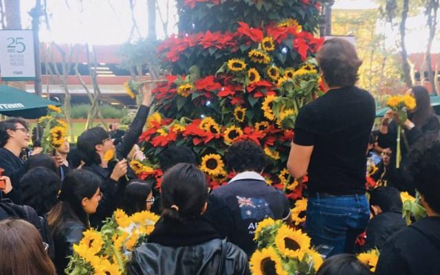 Alumnos del ITAM convocan a paro total este lunes tras suicidio de estudiante - Foto de @shruthinr