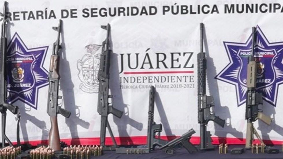 """Detienen a 11 integrantes de los """"Los Mexicles"""" en Ciudad Juárez - Arsenal decomisado a los integrantes de la pandilla criminal"""