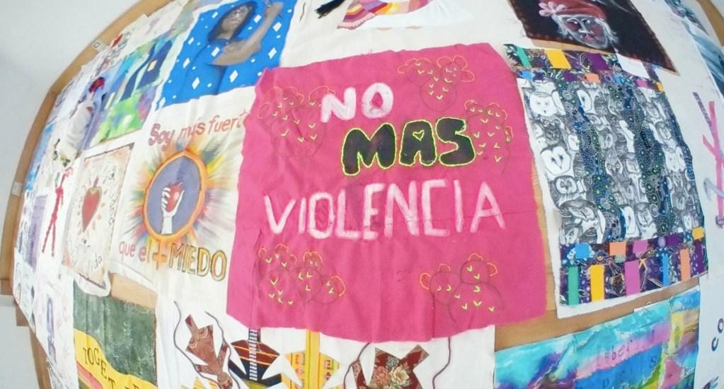 El 93 por ciento de casos de violencia contra mujeres tiene como agresor un familiar - Manta Zócalo violencia mujeres Ciudad de México