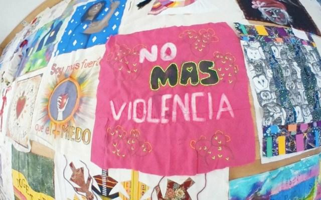 Mujeres cubrirán el Zócalo capitalino con manta contra la violencia - Manta Zócalo violencia mujeres Ciudad de México