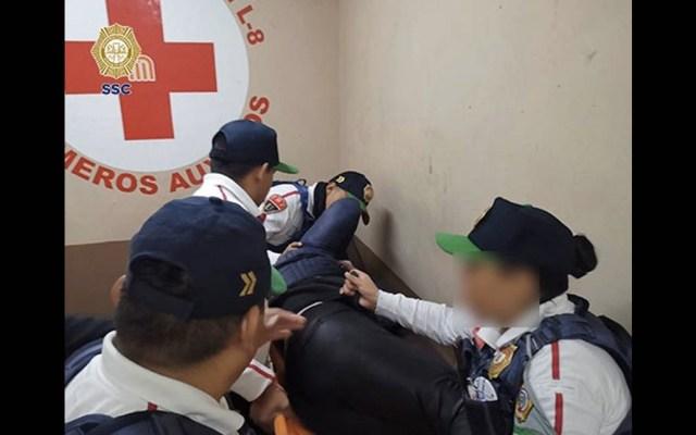 Policías evitan suicidio de mujer en Metro Garibaldi - Mujer SSC Garibaldi Metro