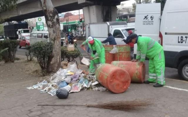 Aplican operativo de limpieza en inmediaciones de Basílica - Foto de @HildaEscalona6