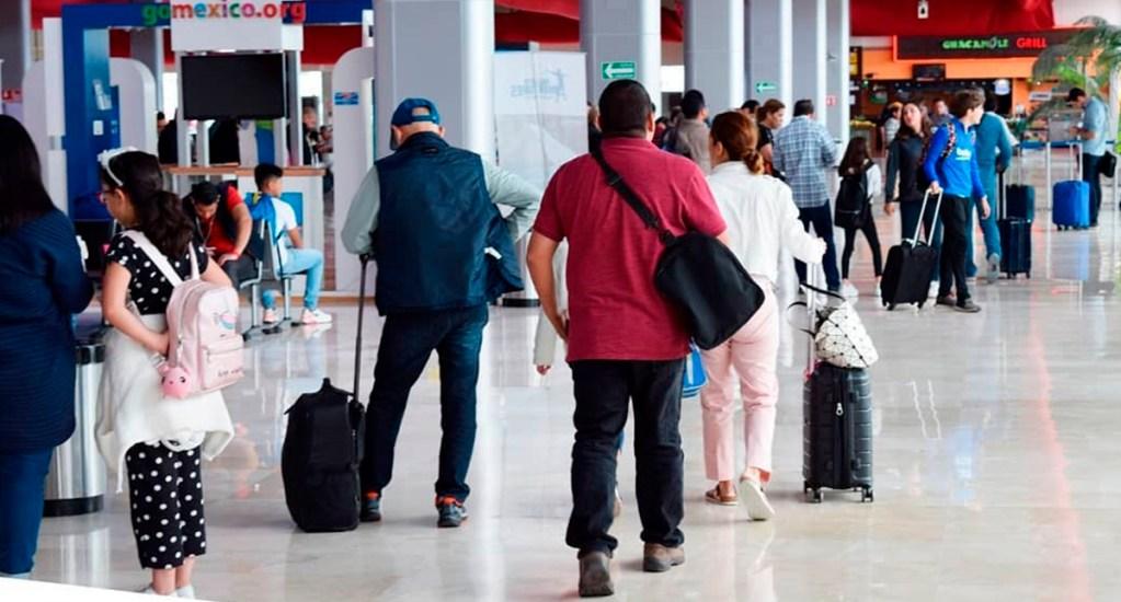 Aeropuerto de Toluca aumenta transporte de pasajeros en tercer trimestre del año - Pasajeros en Aeropuerto Internacional de Toluca. Foto de @aeropuertodetoluca