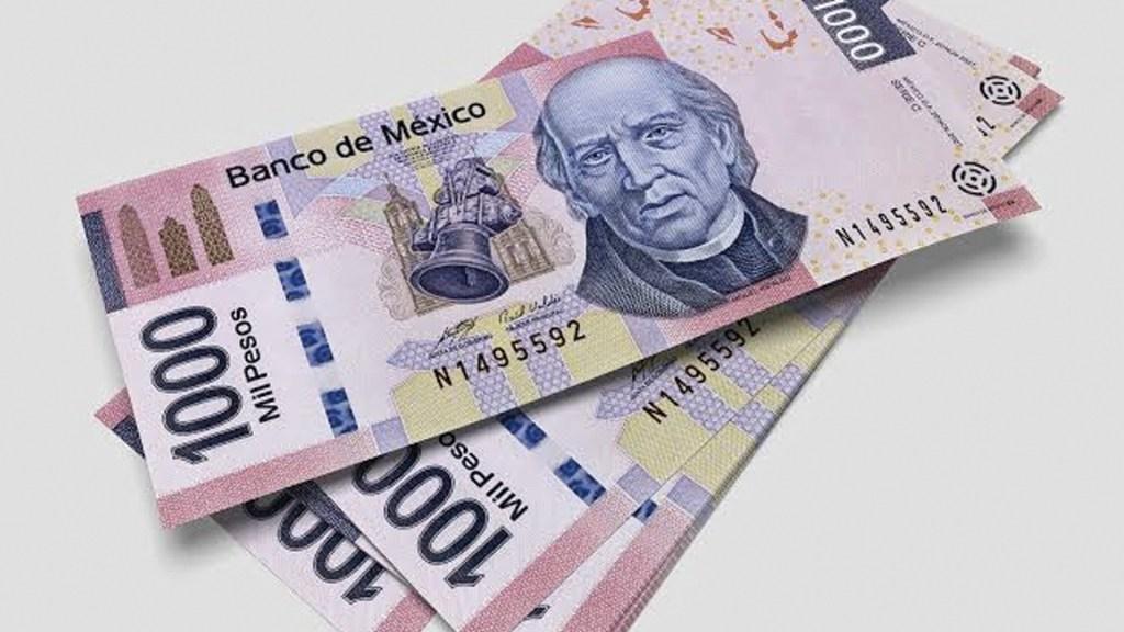 Peso pierde 5.5 centavos frente al dólar por cautela en mercados financieros - Foto de Investopedia