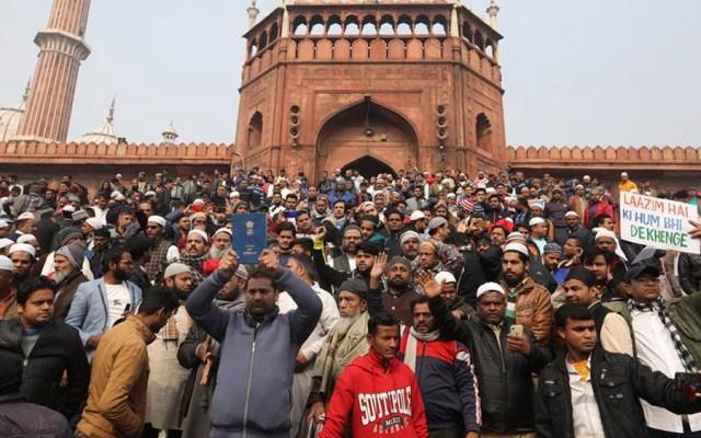 Suman 16 muertos tras protestas en India - Suman 16 muertos tras protestas en India