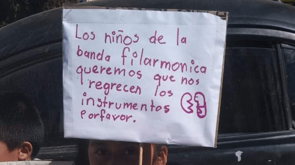 Roban instrumentos a banda filarmónica de la sierra mixe de Oaxaca - Foto de Twitter