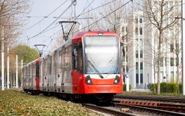 Pasajeros logran detener tranvía sin control y a toda velocidad en Alemania - Un tranvía de Bonn, en el oeste de Alemania. Foto de Bonn.de