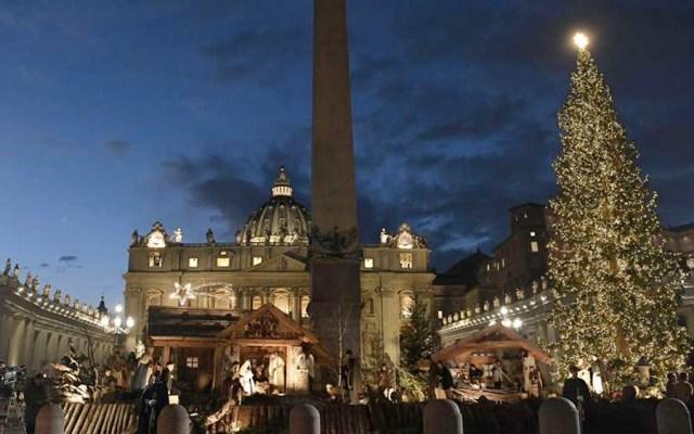 Encienden árbol de Navidad en el Vaticano - Encienden árbol de Navidad en el Vaticano