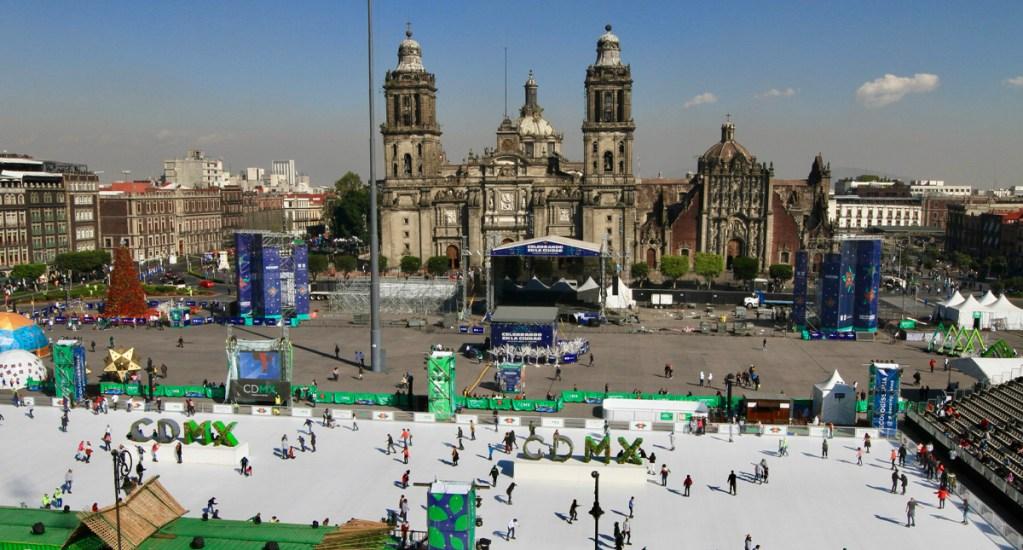 Inicia festival de fin de año de universitarios en el Zócalo capitalino - Zócalo de la Ciudad de México.