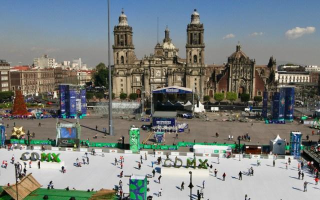 Menos inseguridad, mejor economía y salud, deseos de visitantes en la Ciudad de México - Zócalo de la Ciudad de México.