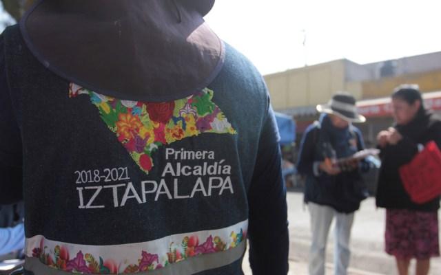 Seguirán sin agua 150 mil habitantes de Iztapalapa - Personal de la alcaldía Iztapalapa llevó a cabo la recepción de solicitudes de pipas de agua por parte de los habitantes de colonias afectadas con el corte del suministro, el cual comenzó desde días pasados. Foto de Notimex-Susana Gil.