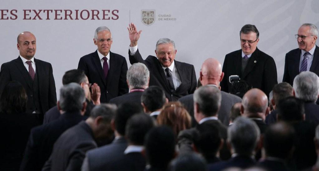 López Obrador reconoce labor de Ebrard y respalda a embajadora en Bolivia - AMLO Andrés Manuel López Obrador Marcelo Ebrard embajadores consules