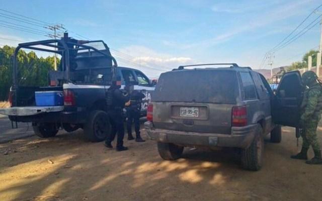 Aseguran vehículo con blindaje artesanal en Aguililla, Michoacán - Aseguran vehículo con blindaje artesanal en Aguililla, Michoacán