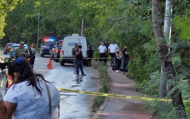 Asesinan a seis en domingo violento en Cancún - Escena donde murieron seis personas en Cancún. Foto de NotiCaribe.