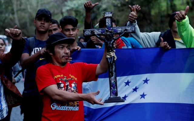 """EE.UU. advierte a migrantes hondureños que su viaje está """"destinado al fracaso"""" - Caravana migrante Honduras migrantes"""