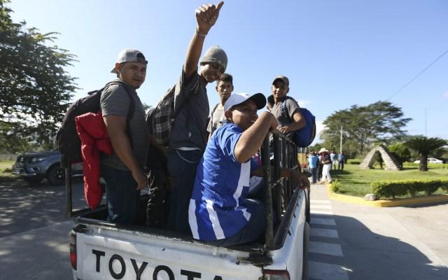 Caravana migrante desafía políticas de Trump y se acerca a México - Caravana migrante Honduras