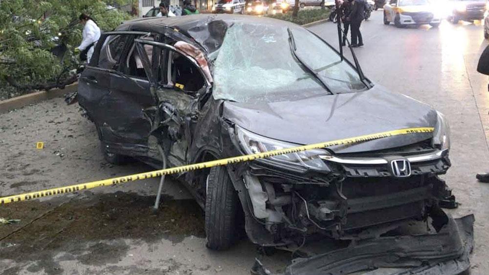 Choque deja una mujer muerta y dos heridos en Circuito Interior - Choque deja una mujer muerta y dos heridos en Circuito Interior