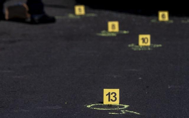 Asesinan a cinco personas en Guanajuato durante ataque a funeral - Casquillos percutidos. Foto de Notimex