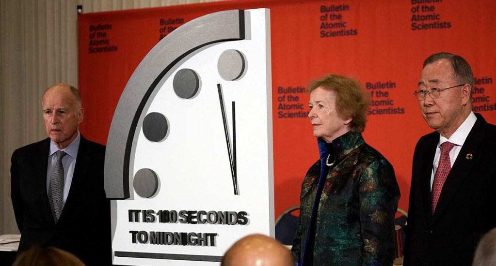 Científicos ajustan reloj a 100 segundos del Día del Juicio Final - Doomsday Clock. Foto de The Bulletin of the Atomic Scientists