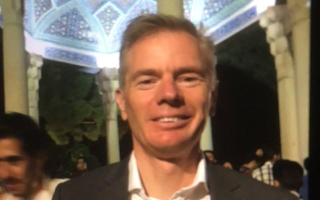 Irán convoca al embajador británico por su asistencia a protesta 'ilegal' - Embajador británico en Irán, Robert Macaire. Foto de @HMATehran