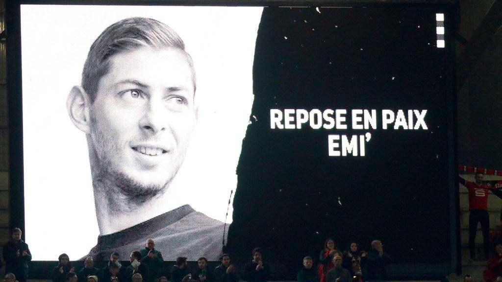 Sigue pleito legal por traspaso de Emiliano Sala, a un año de su muerte - Foto de EFE