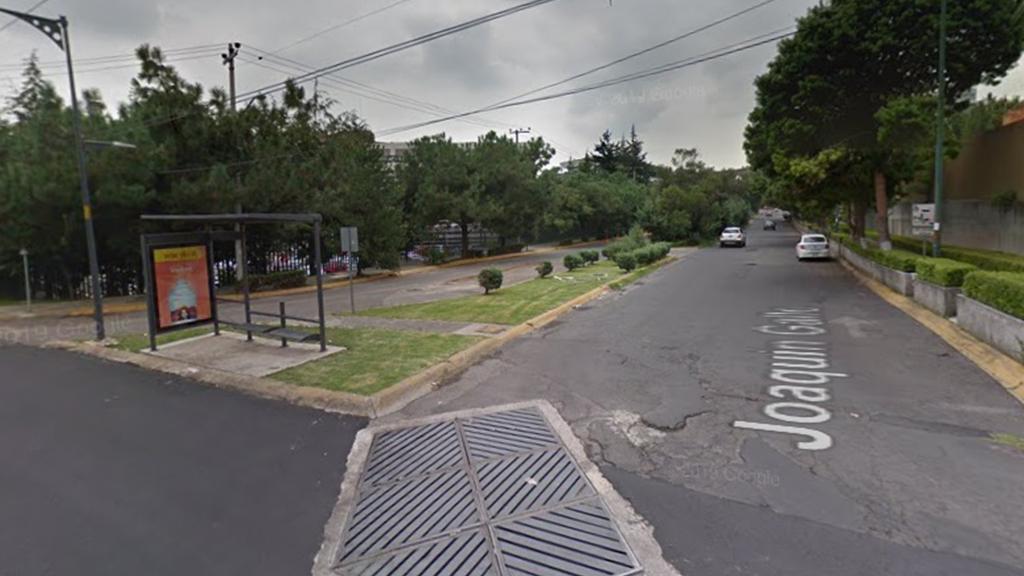 Policías frustran asalto y detienen a ladrón en Santa Fe - Esquina donde policía frustró asalto a automovilista en Santa Fe. Captura de pantalla / Google Maps