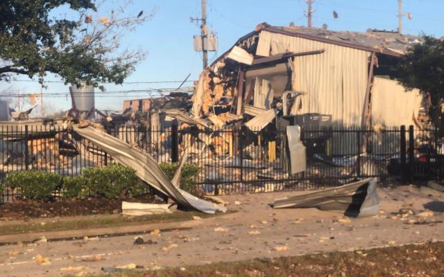 Explosión en planta industrial de Houston mata a dos personas y causa múltiples daños - Aspectos de la explosión en Houston. Foto de Francisco Villalobos / López-Dóriga Digital.