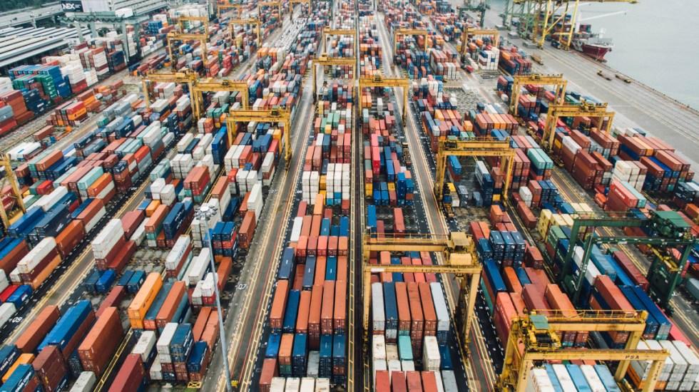 México registró un déficit comercial de 4 mil 63 millones de dólares en julio - déficit