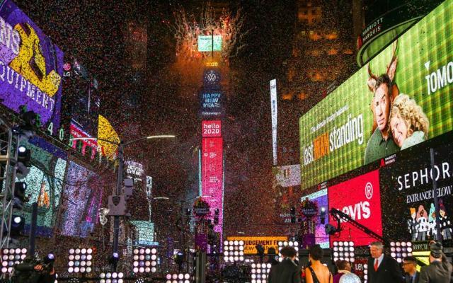 #Fotos Así celebraron la llegada del Año Nuevo en Nueva York - Foto de EFE.