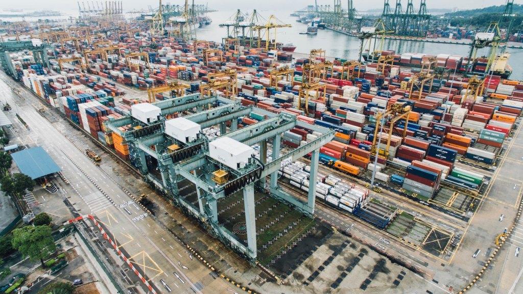 Pese a superávit comercial, se prevé tasa negativa para la actividad económica: Jonathan Heath - Imagen referente a las actividades comerciales, en importación y exportación. Foto de Archivo Unsplash.