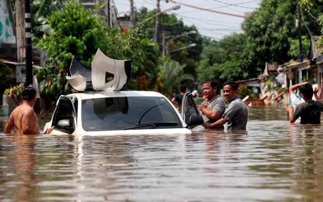 Cifra de muertos por inundaciones en Yakarta se eleva a 66 - Inundaciones en Yakarta. Foto de EFE