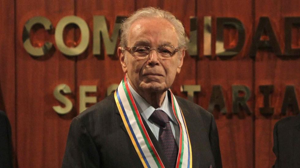 Cumple 100 años el exsecretario general de la ONU, Javier Pérez de Cuéllar - Javier Pérez de Cuellar. Foto de EFE / Archivo