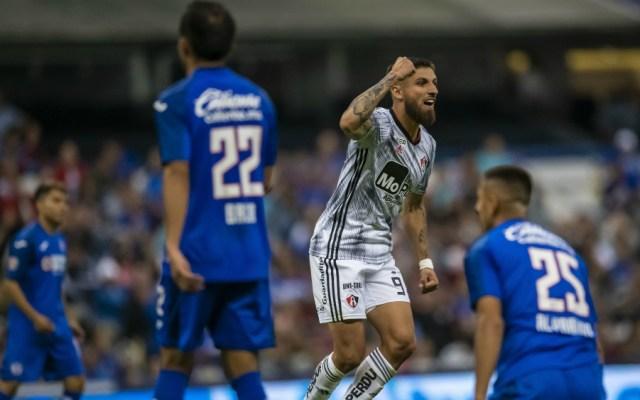 Atlas remonta en el Azteca y vence 2-1 a Cruz Azul - Foto de Mexsport