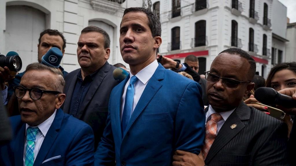Chavistas eligen a nuevo presidente del Parlamento de Venezuela sin Guaidó ni opositores - Juan Guaidó Asamblea Nacional Venezuela 05012019