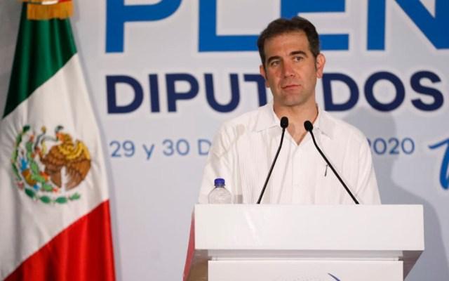 INE responde a AMLO: Serenos estamos, hemos construido elecciones limpias - Lorenzo Córdova en Reunión Plenaria de Diputados Federales del PAN. Foto de INE