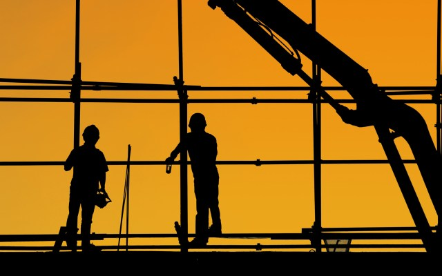 Indicadores de Confianza Empresarial disminuyeron en diciembre - Obra en construcción. Foto de Yancy Min / Unsplash