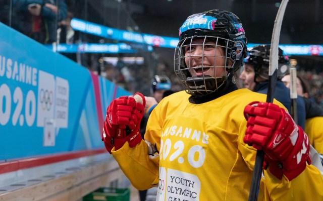 Luisa Wilson: La primera mexicana que gana una medalla olímpica de invierno - Foto: https://oisphotos.com/groupitem/8498/