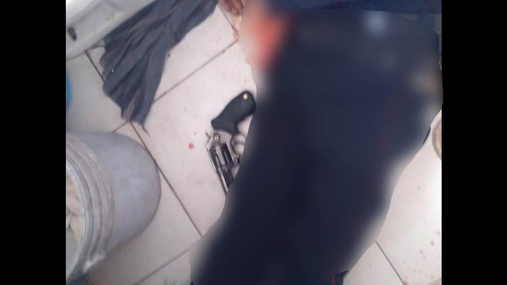 Policía se suicida en baño de corralón en la Miguel Hidalgo - Policía suicidio Miguel Hidalgo corralón