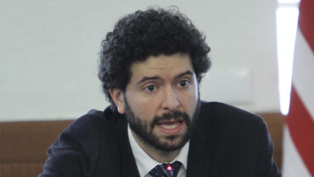 AMLO pide a SRE investigar presunto acoso laboral de director del IME - Roberto Valdovinos, director del Instituto de los Mexicanos en el Exterior (IME). Foto de Notimex