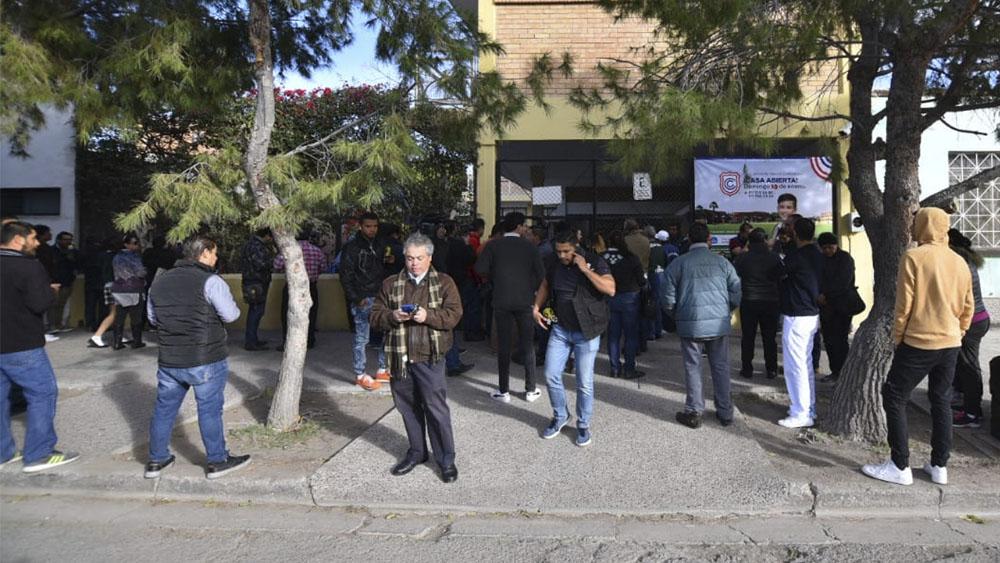Dan de alta a cinco de los seis heridos por tiroteo escolar en Torreón - Tiroteo en colegio de Torreón genera psicosis entre padres de familia