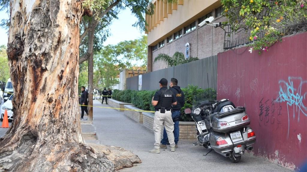 Niño ingresa armado a colegio de Torreón; mata a profesora y se suicida - Aspecto del Colegio Cervantes, Campus Bosque, en Torreón, Coahuila. Foto de Notimex.
