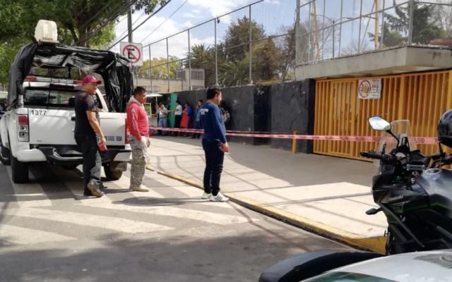 Autoridades atienden amenaza de bomba en la Preparatoria 5 de la UNAM - Foto de @USARHM