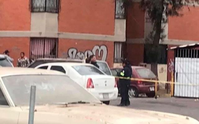 Acribillan a mujer en unidad habitacional de Cuautitlán Izcalli - Unidad Habitacional de Cuautitlán Izcalli acordonada por asesinato de mujer. Foto de Hoy Estado de México