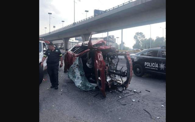 #Video Vehículo sale proyectado en Periférico Norte; el conductor murió - Foto de Twitter @MrElDiablo8
