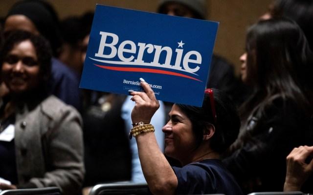 Bernie Sanders triunfa en primarias de Nevada - Apoyo a Bernie Sanders en las primarias demócratas de Nevada. Foto de EFE